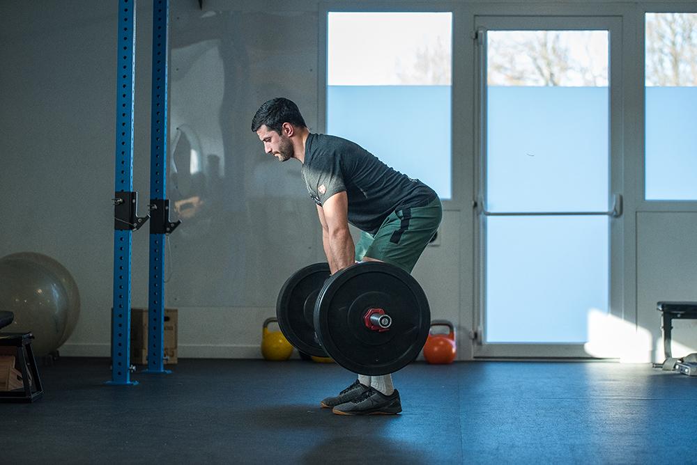 Approche clinique du renforcement musculaire chez le lombalgique : du sédentaire à l'athlète